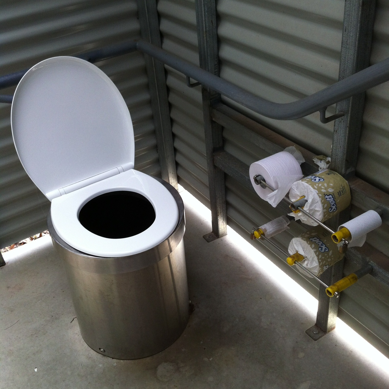 Country style toilet toilography for New style washroom