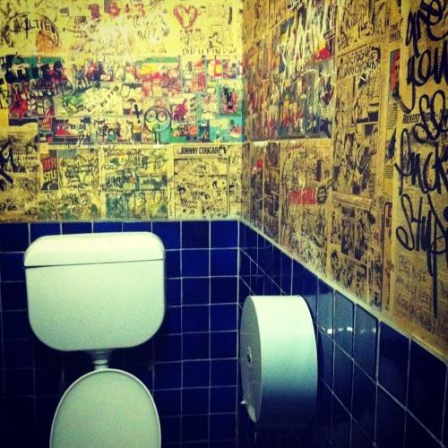 Drunken Poet Toilet