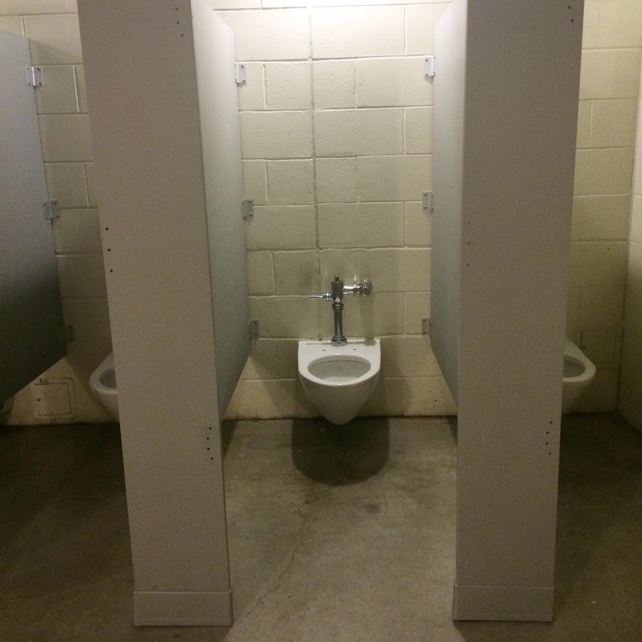 No Doors Seats Toilet Paper
