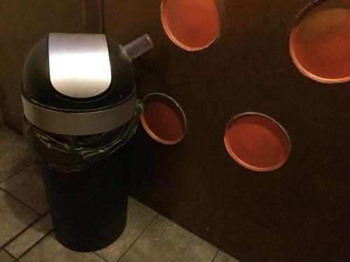 Tardis toilet 3