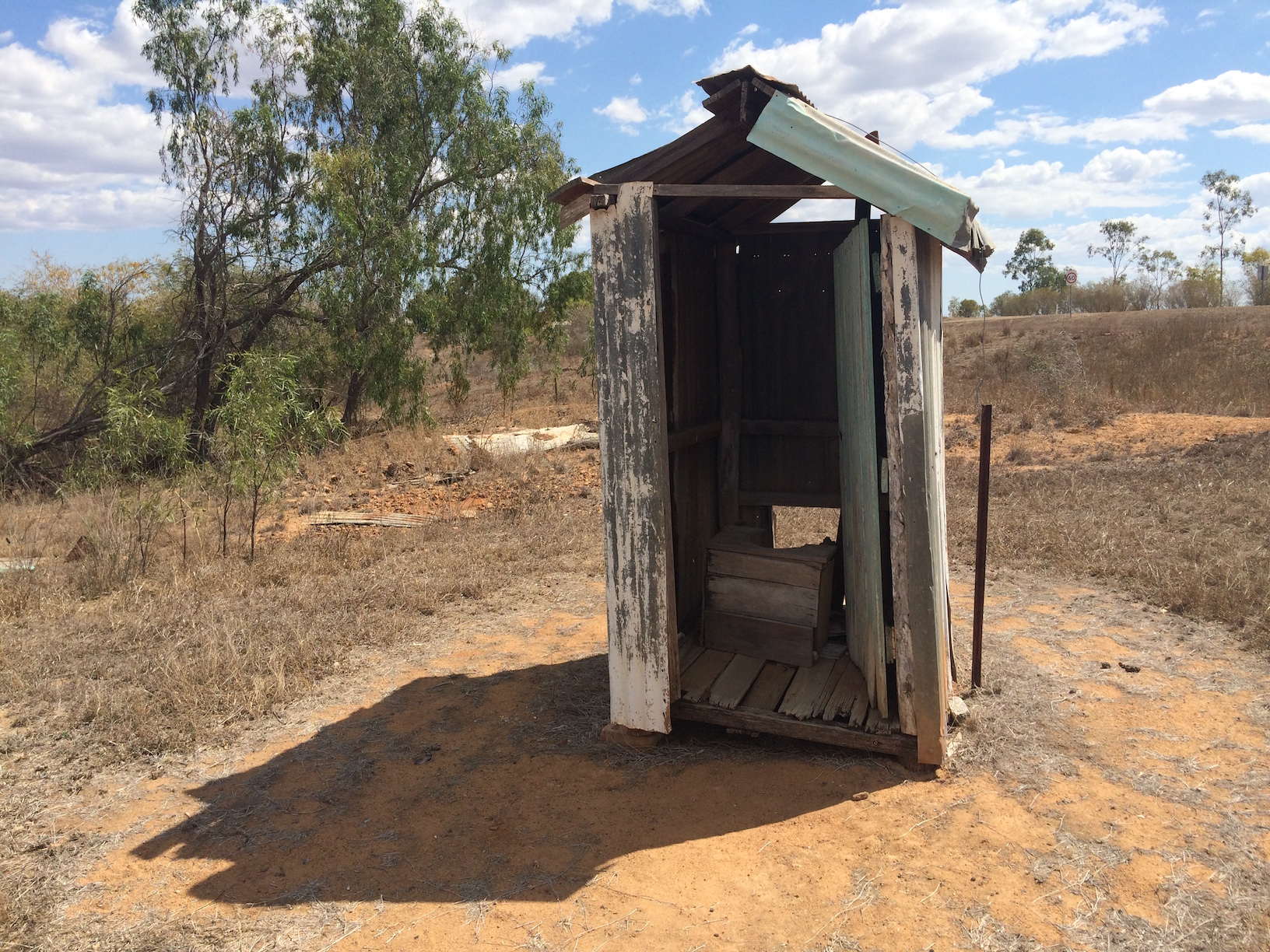 Australian toilets toilography for Outhouse pictures