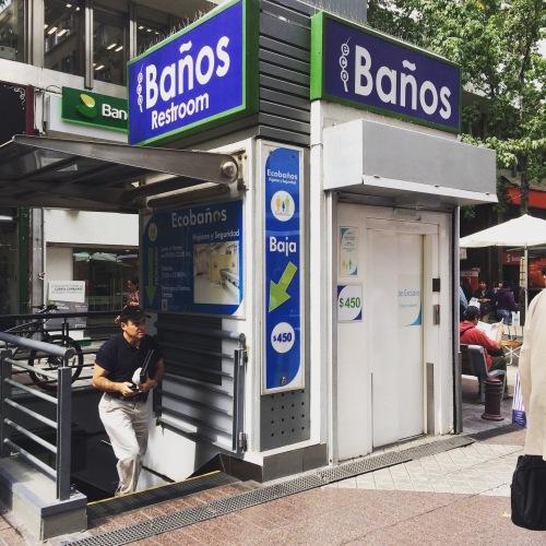 Underground Santiago baños